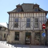 TROYES 143