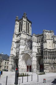 TROYES 144