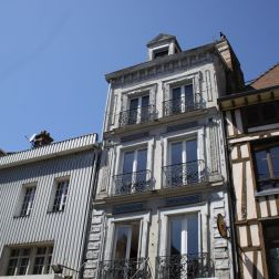 TROYES 197
