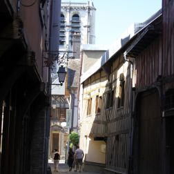 TROYES 213