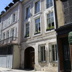 TROYES 225
