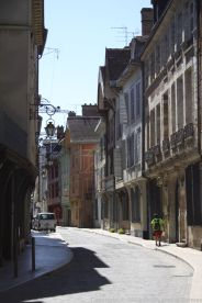TROYES 231
