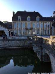 CHATEAU D'ETOGES 002