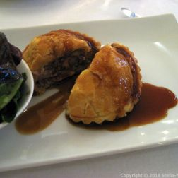 CHATEAU D'ETOGES, RABBIT PIE WITH ROSEMARY AND HAZELNUT, MESCLUN SALAD 009