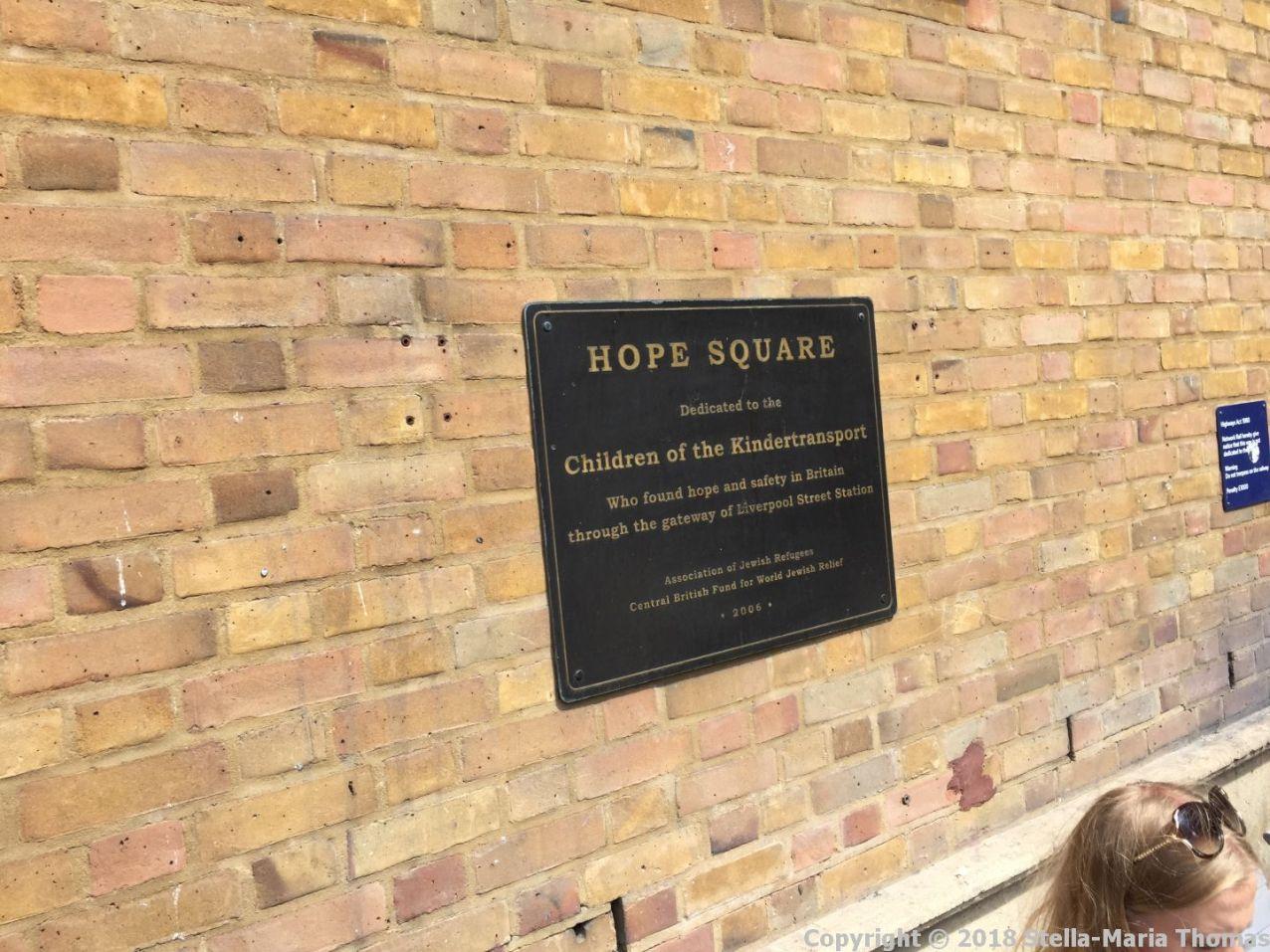 HOPE SQUARE, LIVERPOOL STREET 001