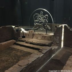 LONDON MITHRAEUM 043