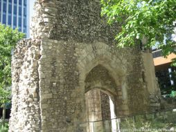 LONDON WALL AND SPITALFIELDS 038