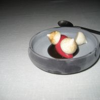 ASK, PRE-DESSERT WITH CHICKPEA MERINGUES, LIQUORICE AND ICE CREAM 024