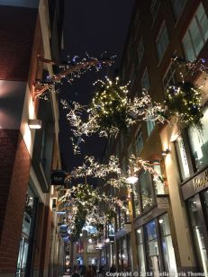 CHRISTMAS LIGHTS, COVENT GARDEN 003