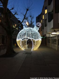 CHRISTMAS LIGHTS, HATTON GARDEN 001