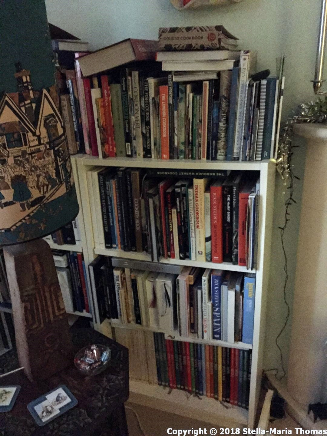 COOKBOOK CUPBOARD 003