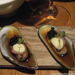 GAIJIN, MUSSEL 'YUZU HONEY' (GREEN SHELL MUSSEL, YUZU HONEY DRESSING, WASABI MAYONNAISE, SEAWEED CAVIAR) 005