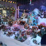 HELSINKI CHRISTMAS WINDOWS 010