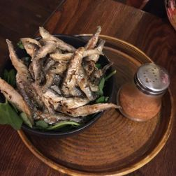 BAR ENCORE, BIANCHETTI (CRISPY WHITEBAIT WITH PAPRIKA SALT) 010