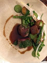THE WHITE HART, CRUSTED LAMB LOIN WITH WILD GARLIC, ASPARAGUS AND SMOKED FONDANT POTATOES 011