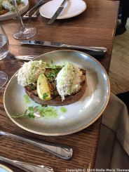 SUNDAY LUNCH AT THE MUDDY DUCK, CORNISH CRAB WITH SOURDOUGH CROUTE, CHARRED LEMON 005