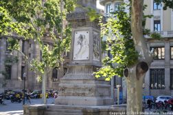BARCELONA BUS TOUR (BLUE ROUTE) 130