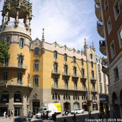 BARCELONA BUS TOUR (RED ROUTE) 150
