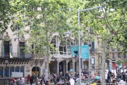 BARCELONA BUS TOUR (RED ROUTE) 188
