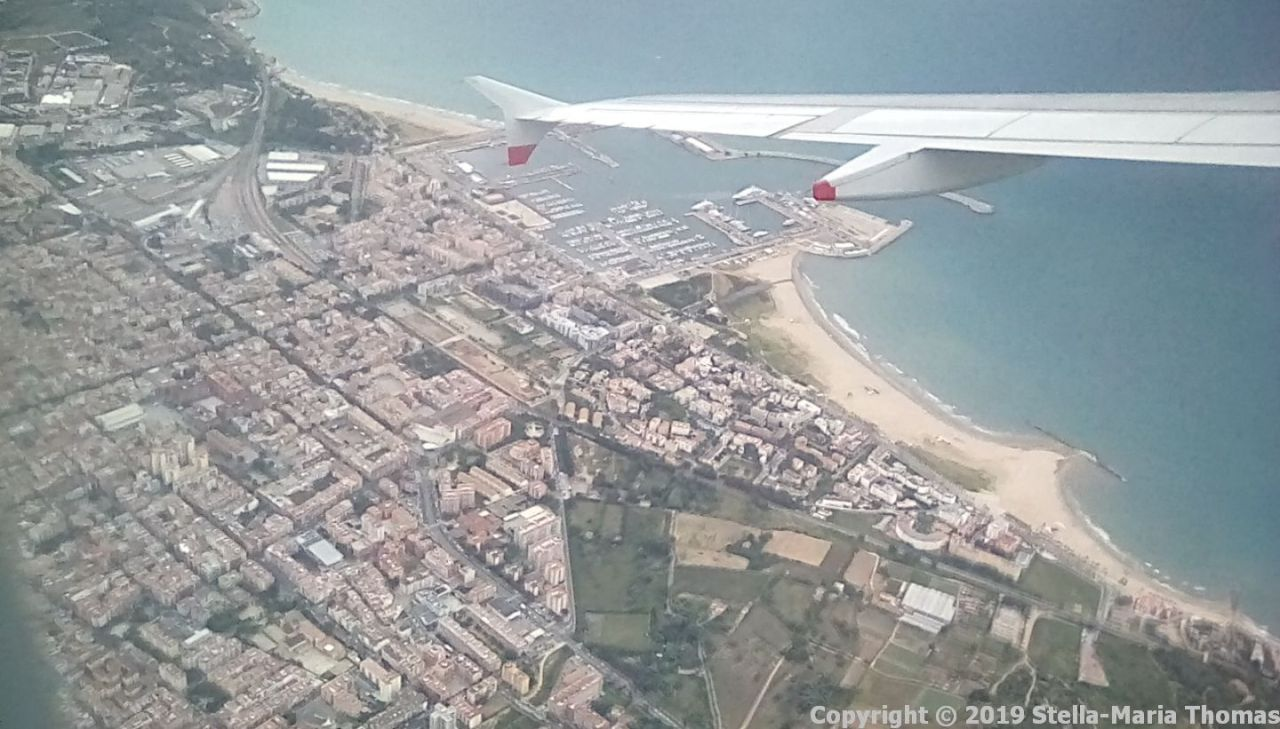 COMING IN TO BARCELONA 004