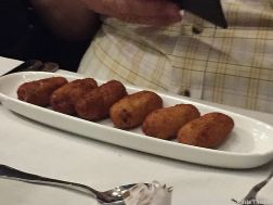 LOS CARACOLES, HAM AND CHICKEN CROQUETTES 013