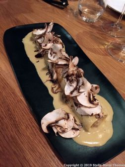 MONT BAR, FREE RANGE CHICKEN CANNELONI WITH FOIE AND MUSHROOMS 008