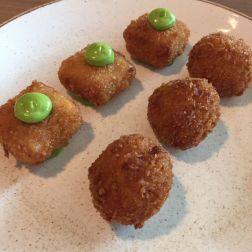 SAUCE SUPPER CLUB, HAM HOCK CROQUETTES, ARANCINI 004