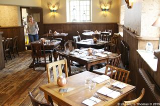 THE HOVINGHAM INN, 011