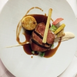HOTEL KASTEEL BLOEMENDAL, SADDLE OF VEAL, CREAM OF CAULIFOWER AND MISO, GREEN HERB GNOCCHI, BALSAMIC VINEGAR SAUCE 013