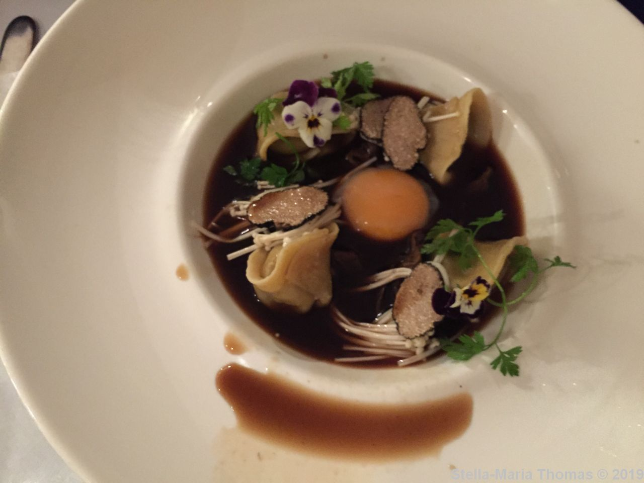 WHITE PEACOCK, MUSHROOM TORTELLINI, PICKLED MUSHROOMS, CONFIT EGG YOLK, TRUFFLE SHAVINGS, SMOKY MUSHROOM BROTH 006