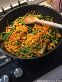 FIRE ISLANDS, GOLDEN STIR FRY VEGETABLES