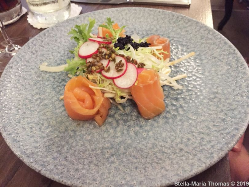 THE FOLLY, HOME CURED SALMON (LIGHTLY PICKLED CUCUMBER, SALMON ROE, FENNEL., FRESH RADISH, CHIVE OIL) 002